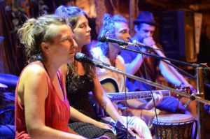 Mantra Tribe Tour Chanting Party in Goa, Indien