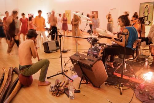Mantra Tribe - Berlins Chanting Party-Band - Mantren singen & Trancetanz